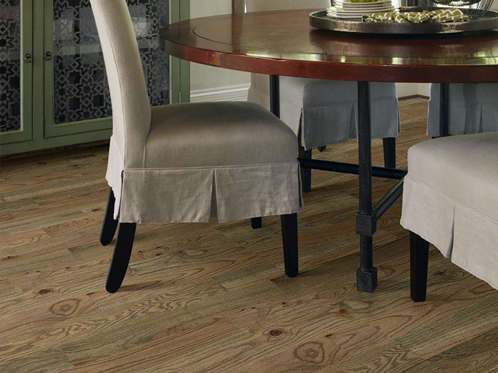 Hardwood Floors in Dining Room